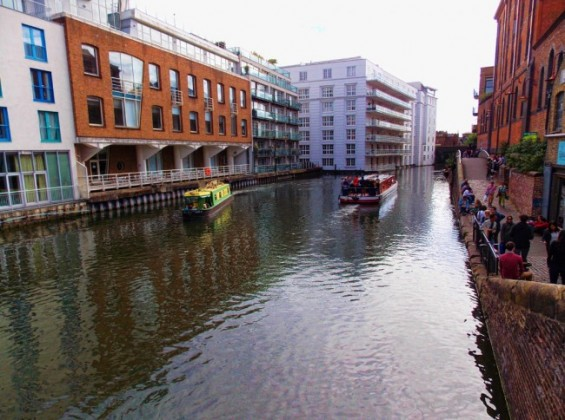 Regent's Canal, a Photo by Nicky Jameson