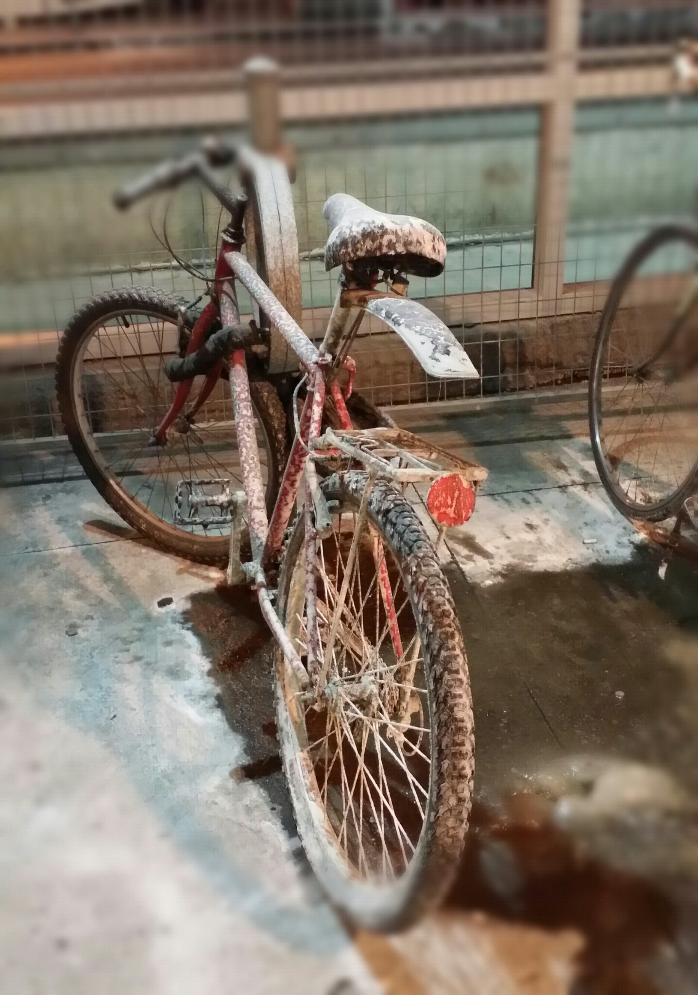 Urban transportation - dirty bike at Union Station By Nicky Jameson